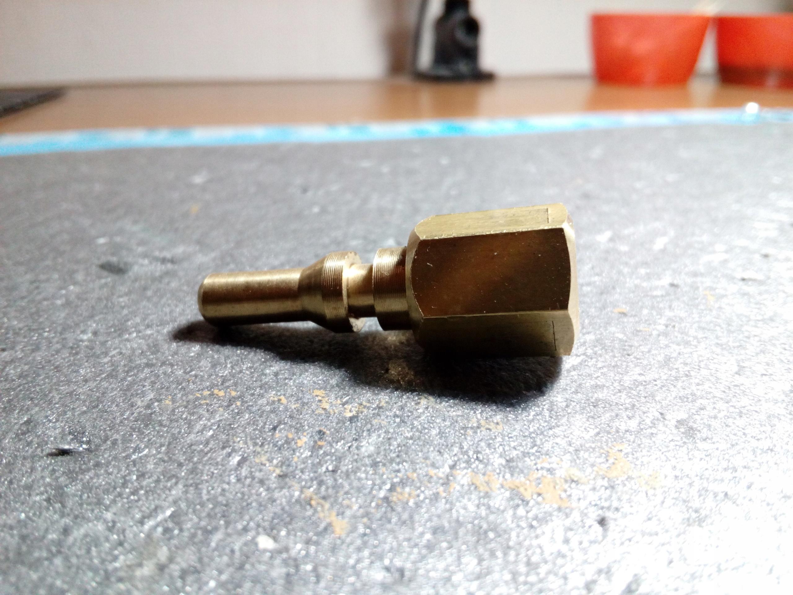 наконечник шланга возвратного механизма AUDI A4 PASSAT B5