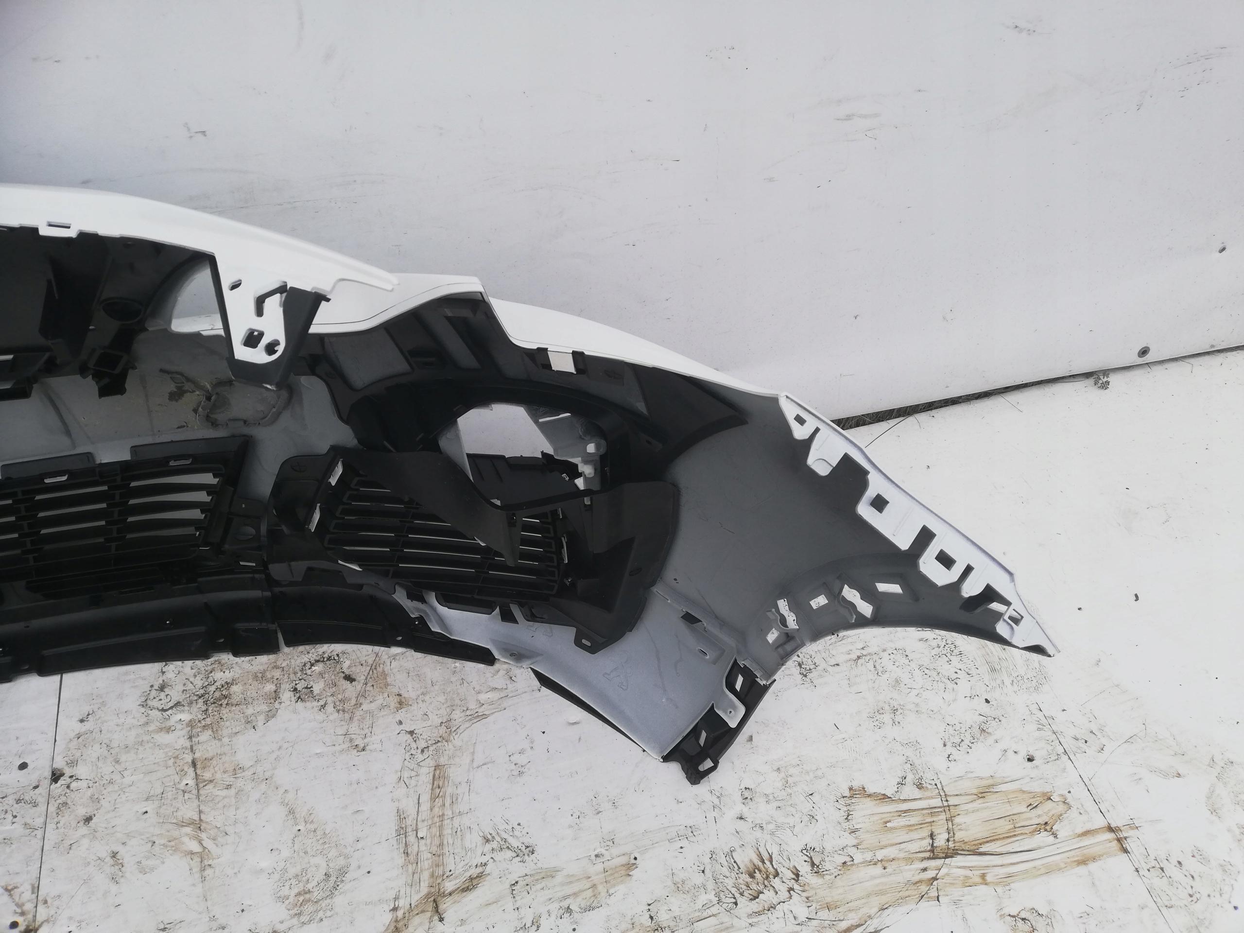 FRONT BUMPER 4xPDC PEUGEOT 3008 Lift w COLOR