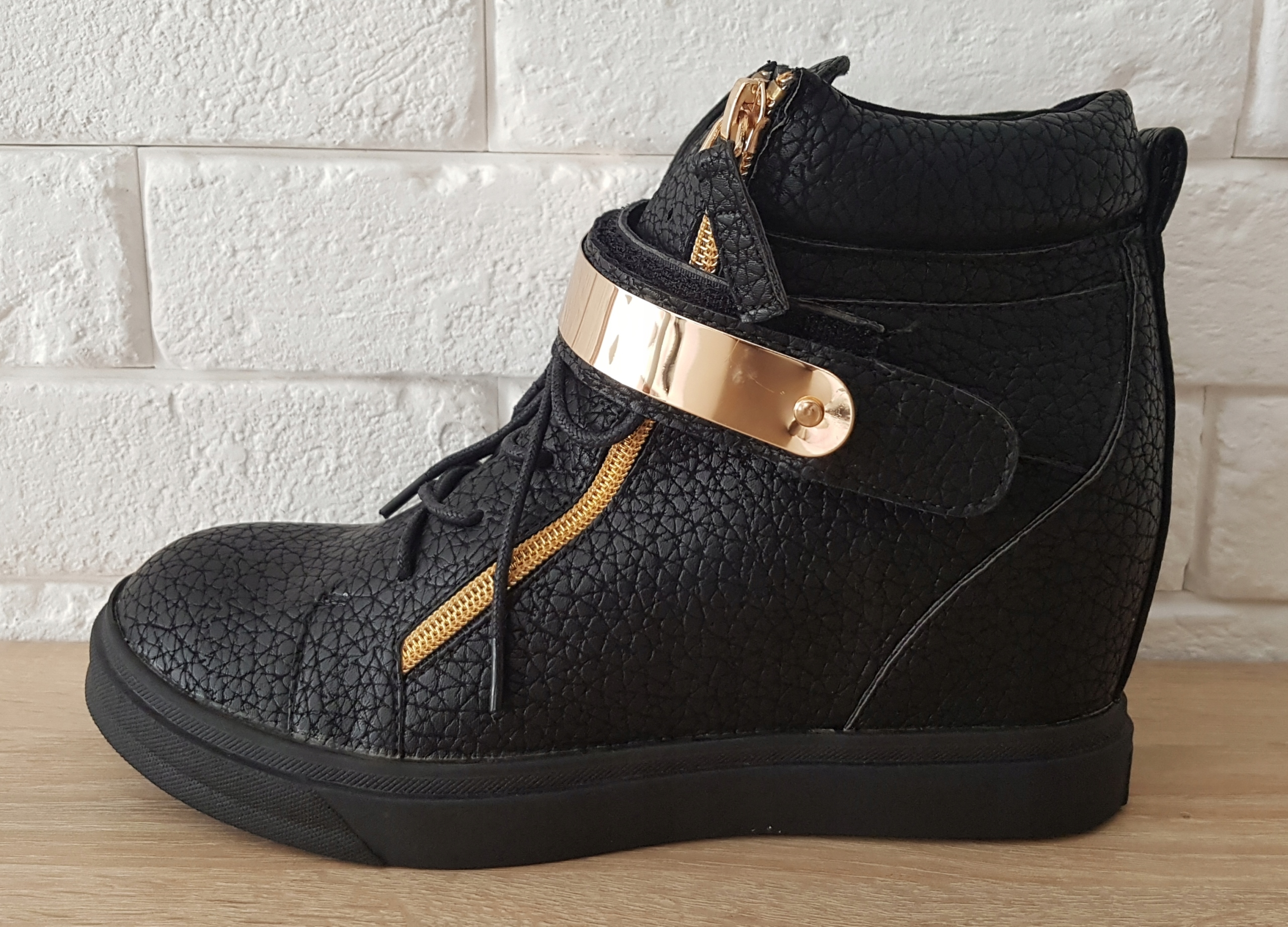 Modne sneakersy rozmiar 40