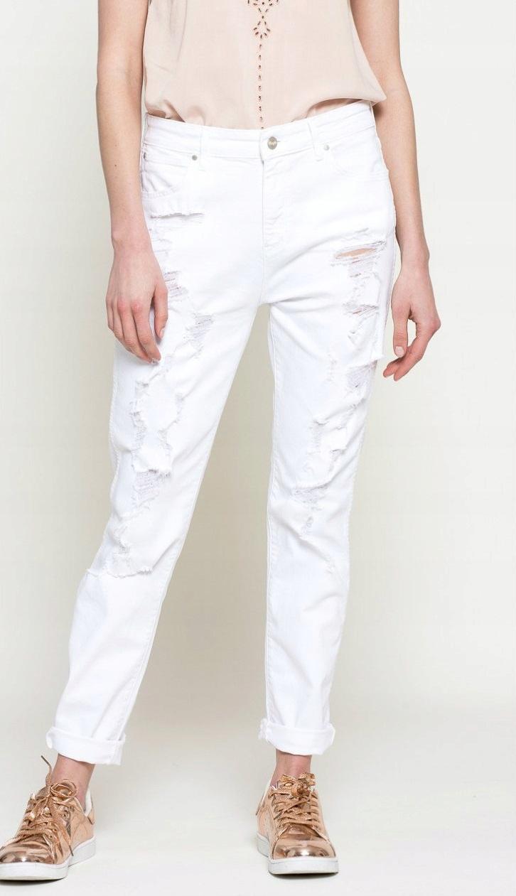 Wrangler Boyfriend Dziury Trashed Jeans W25 L32
