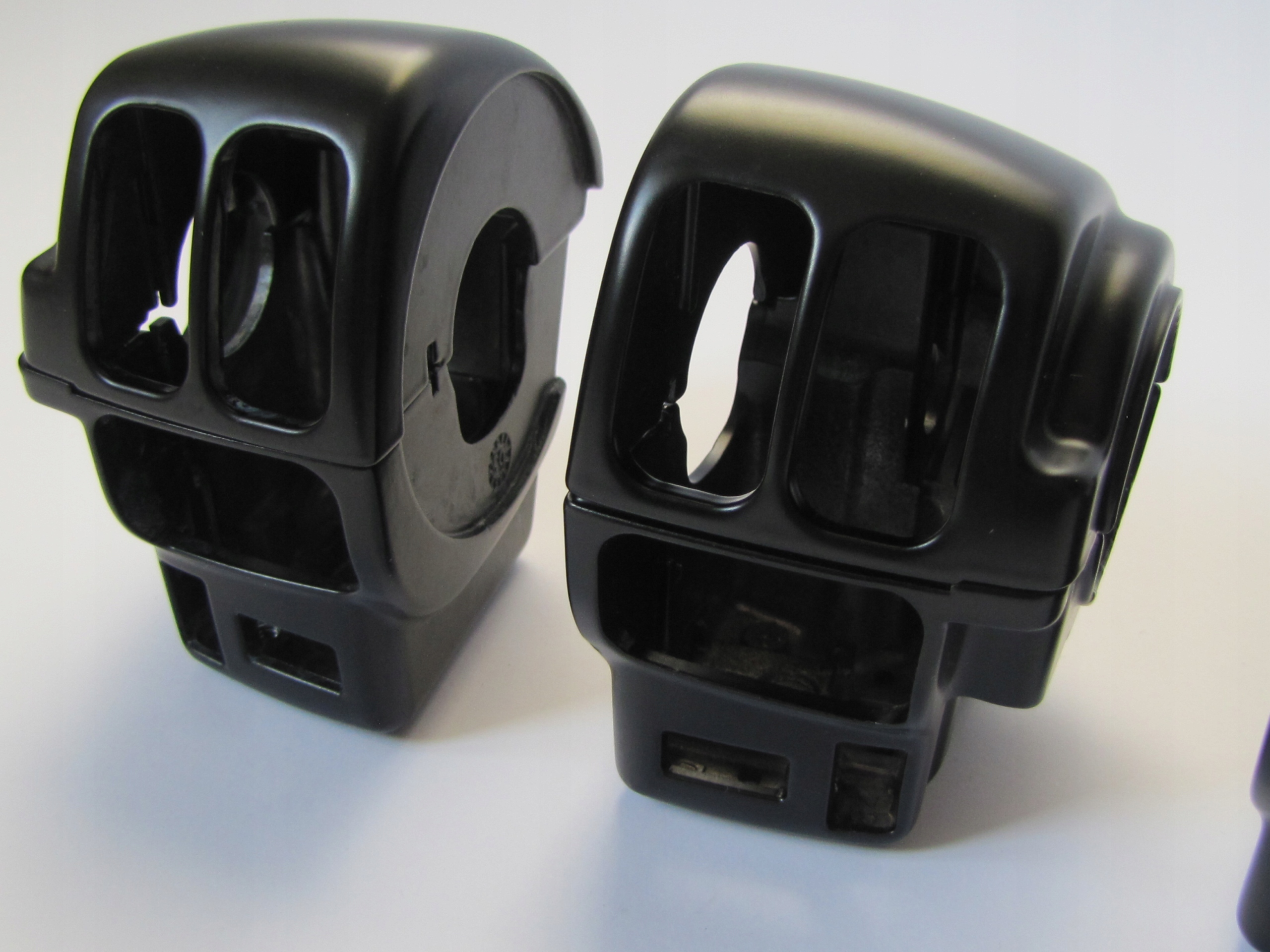 HOUSING SWITCHES TOURING do 2013 HARLEY OEM