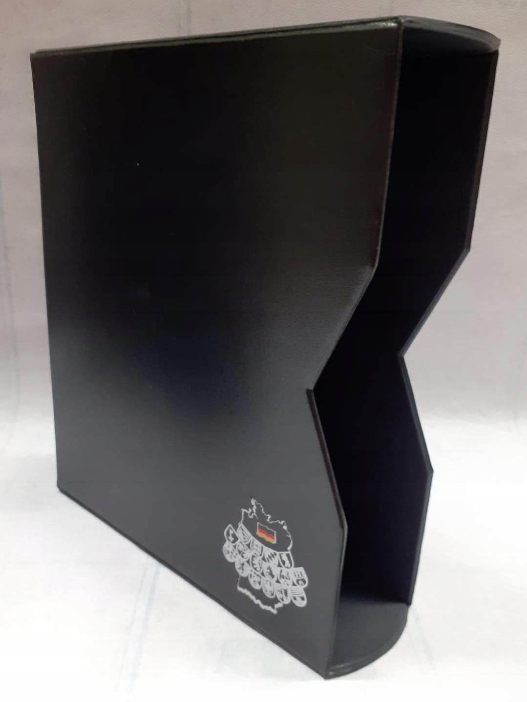 Czarny futerał / etui ochronny 245 x 210mm