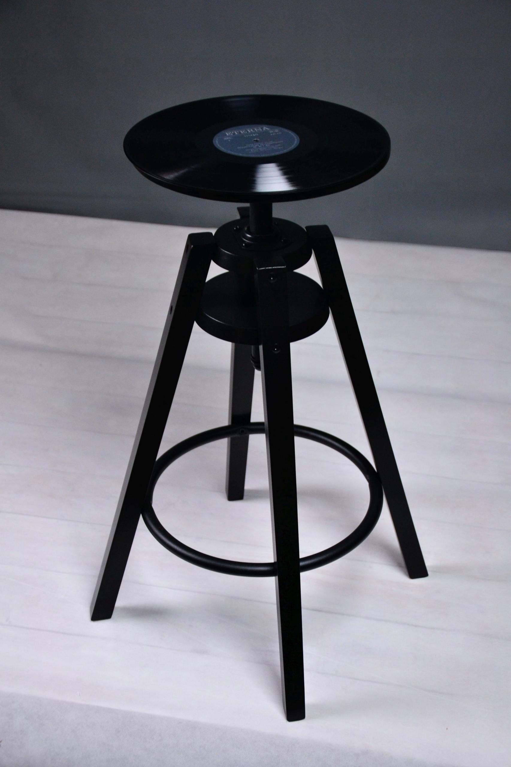 Nastaviteľná vinylová barová stolička