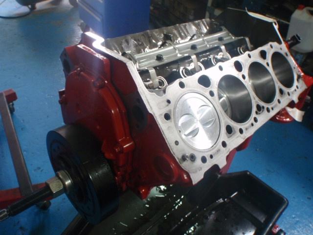 Ремонтный ремонт двигателей Mercruiser Volvo Penta