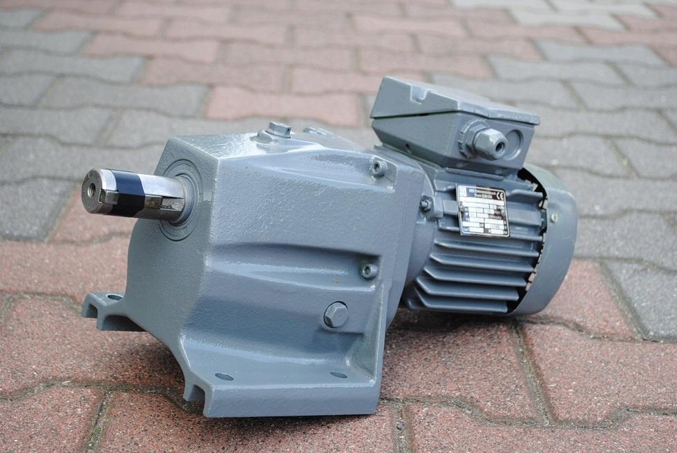 Motordure 0.37KW. 32BR./min .. VEM!