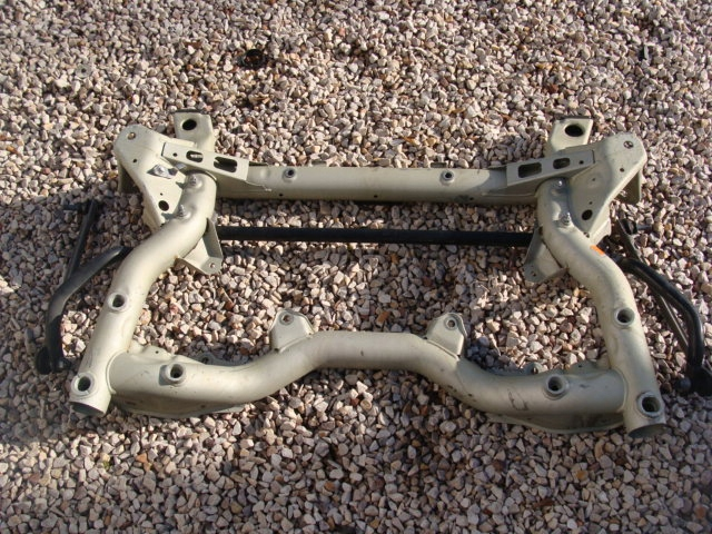 Picture of ENGINE SUPPORT FRAME BEAM SUSPENSION MERCEDES E-CLASS W212 !!