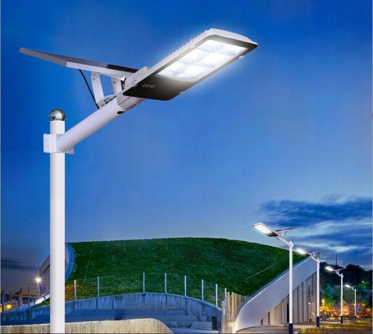 LAMPA SOLARNA ULICZNA LED 50W JD-650HL 5 TRYBÓW Waga produktu z opakowaniem jednostkowym 5 kg