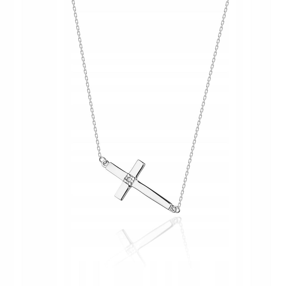 Celebrytka s cross a diamanty, biele zlato