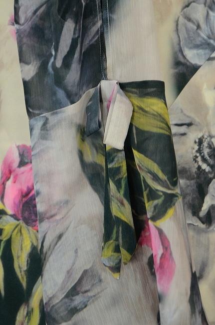 POLSKASZAFA Sukienka w Kwiaty z Szyfonowymi Rękawa
