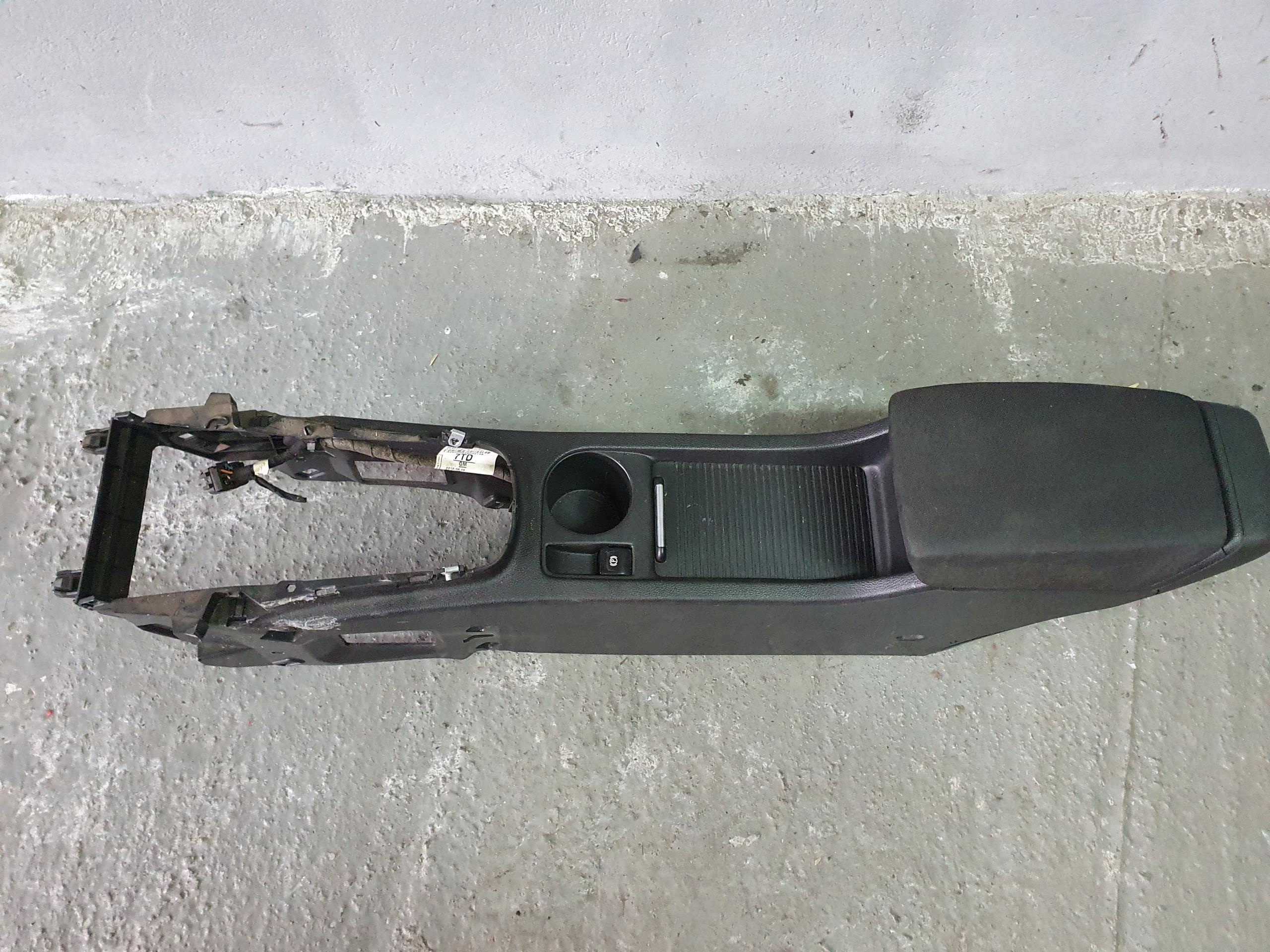 opel astra j 4 iv туннель Средний подлокотник компл
