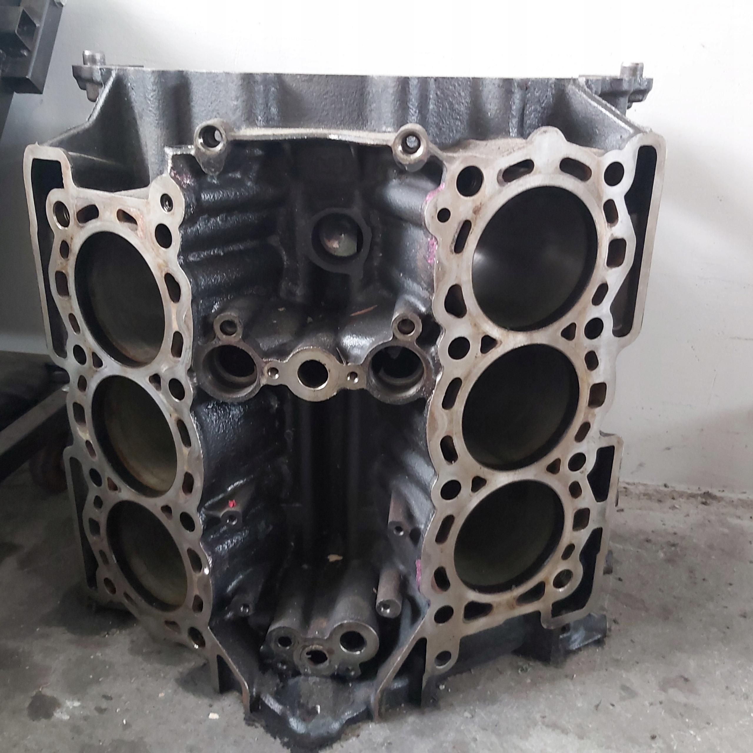 блок двигателя land rover 30 tdv6