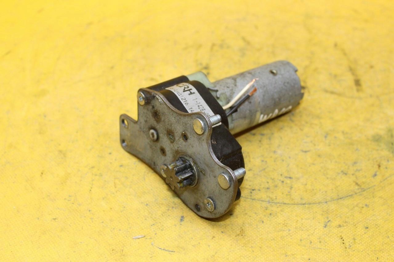 двигатель регулирования кресло вперед w210 2108200308