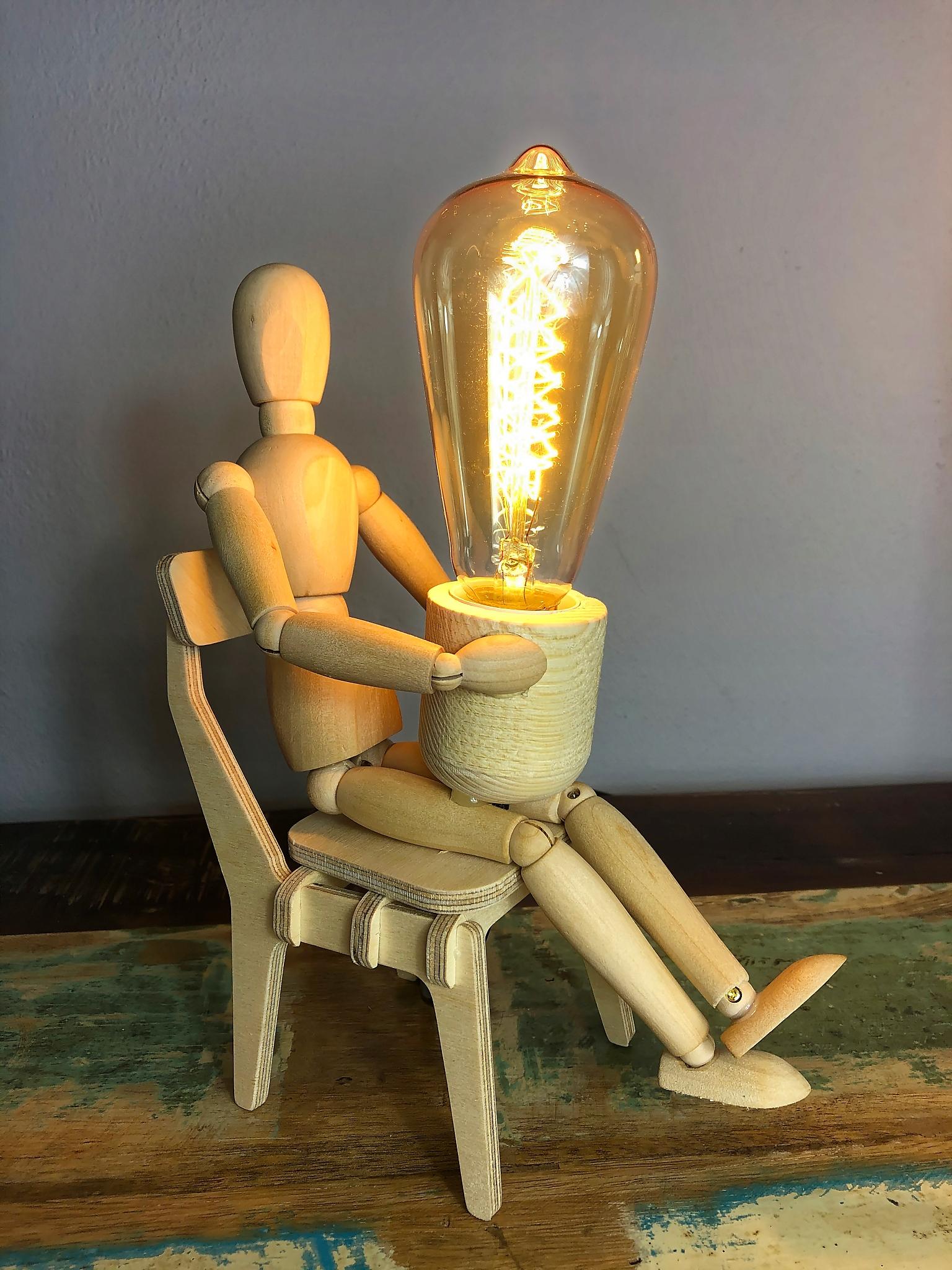 EDISON lampa unikátne drevené loft dizajn manekin1