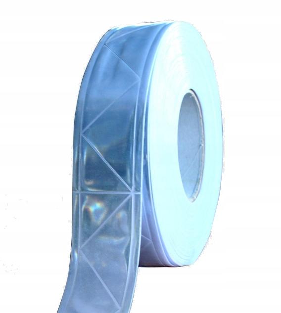 Reflexná prizmatická páska pre šité