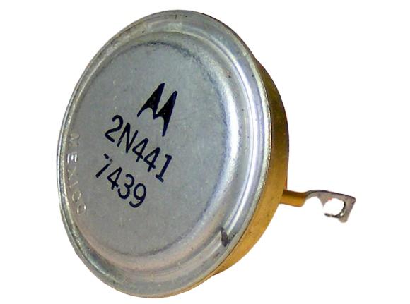 Купить Транзистор 2N441 MOTOROLA GOLD PLATED PIN [080-37] на Otpravka - цены и фото - доставка из Польши и стран Европы в Украину.
