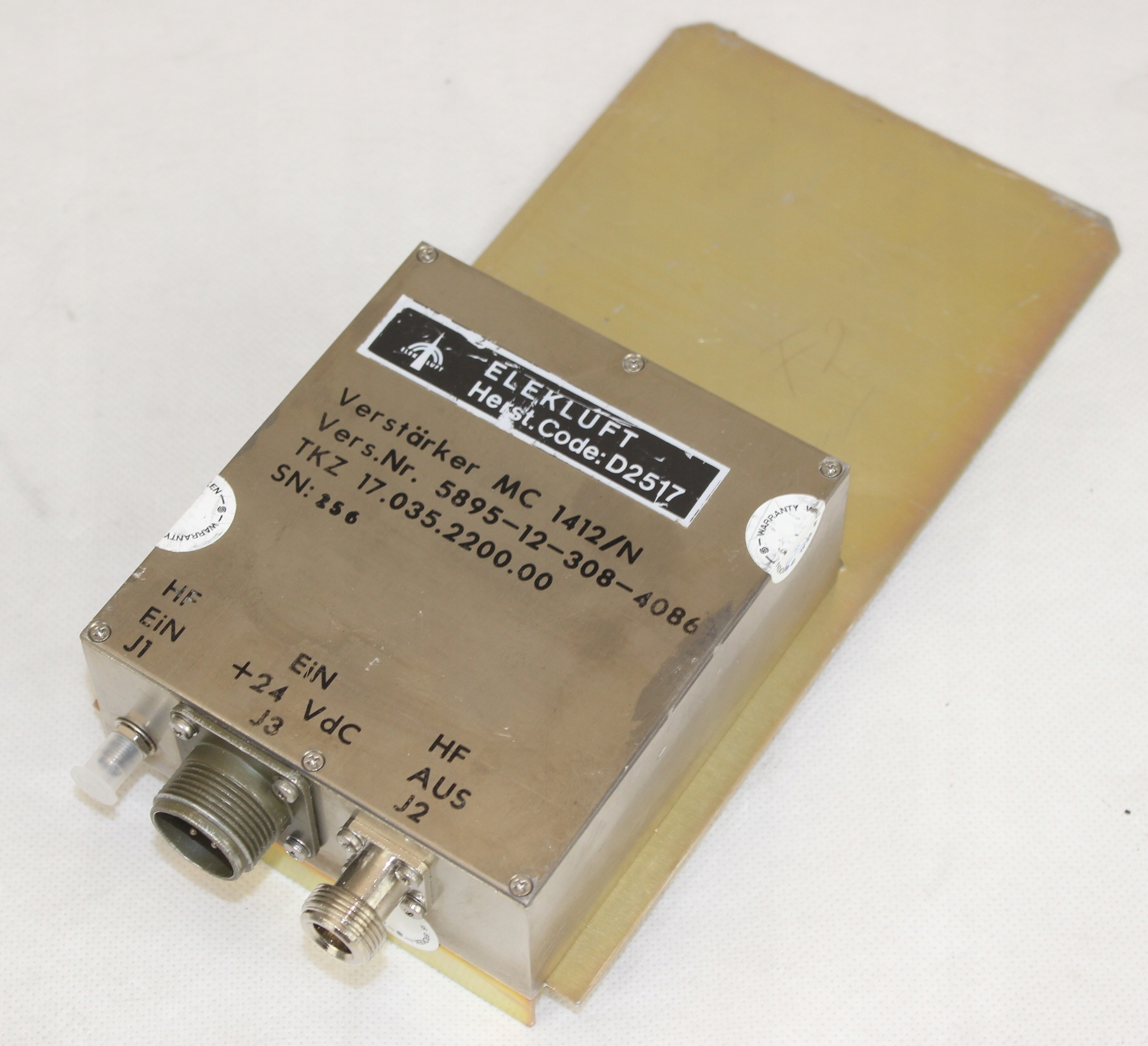 Wzmacniacz szerokopasmowy Elekluft D2517/MC1412/N