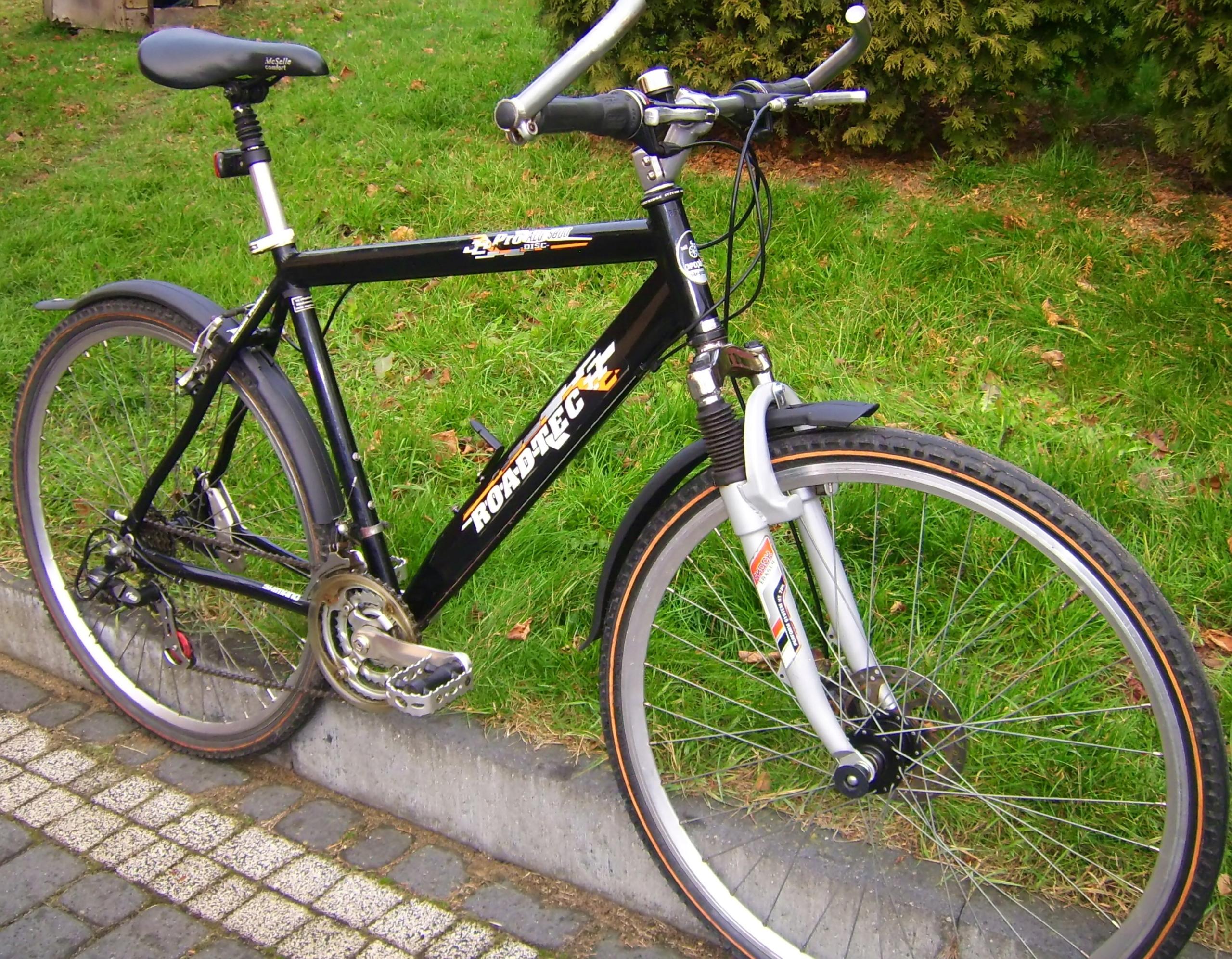 Rower trekingowy miejski szosowy naShimano koła 28