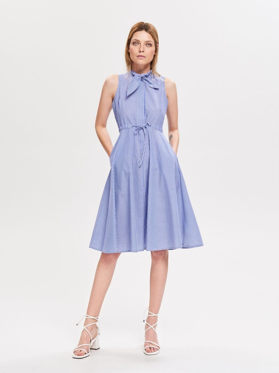 Sukienka niebieska koszulowa paski Reserved 36 S