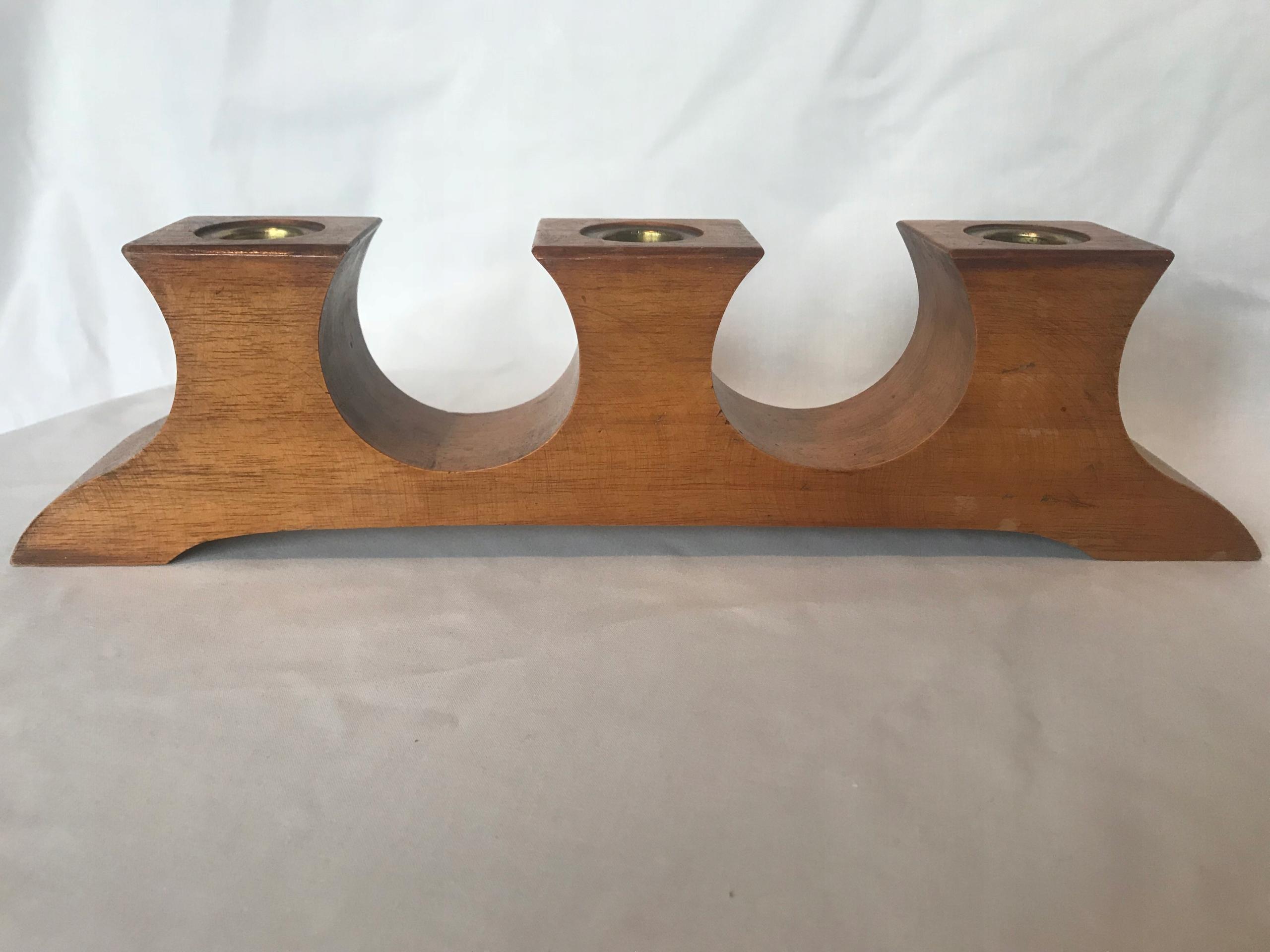 Stylowy świecznik drewniany
