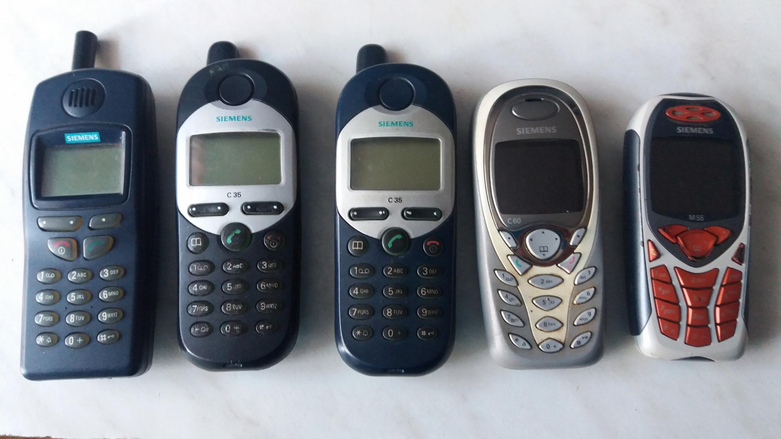 Telefony - 11 szt.
