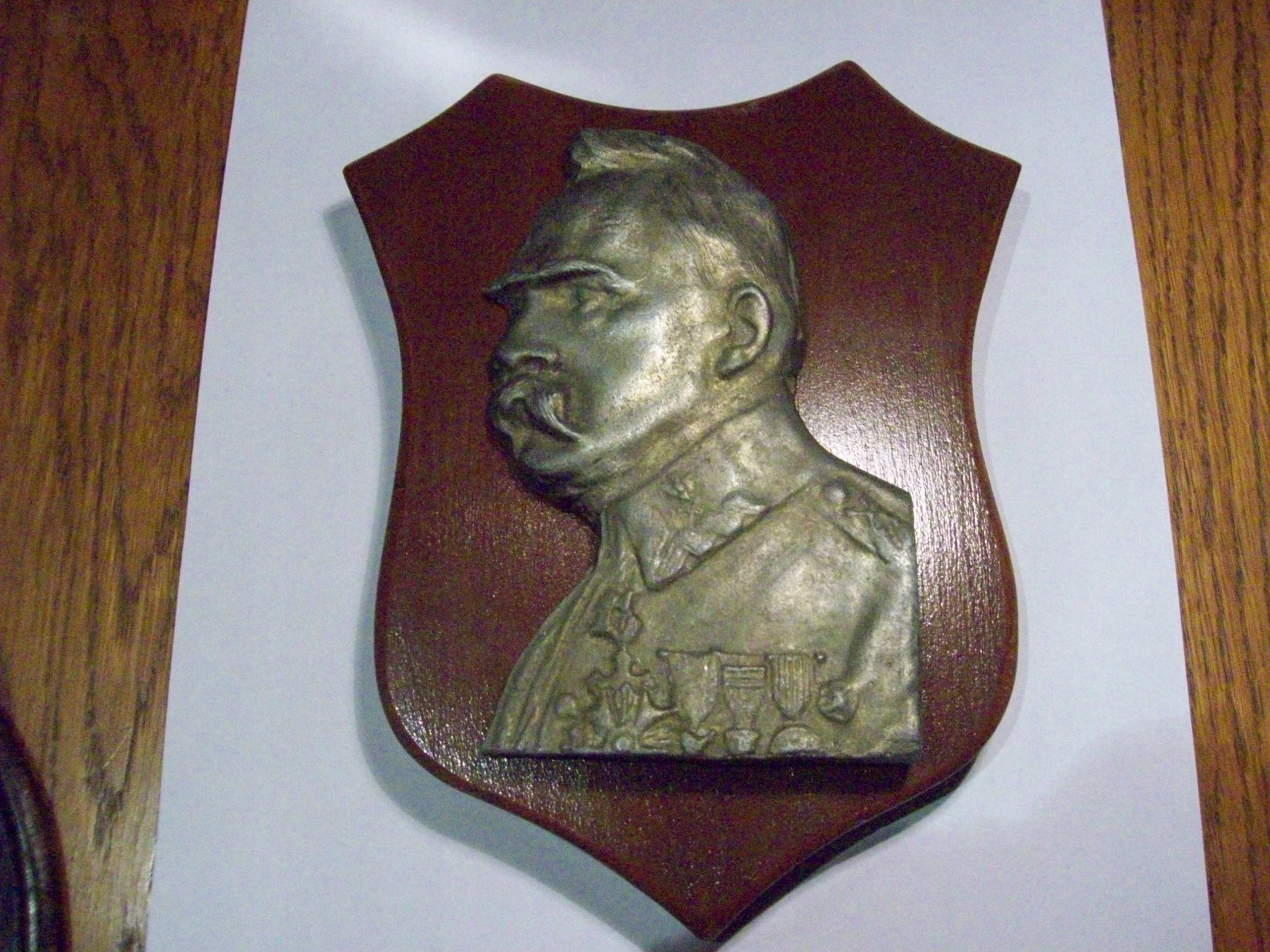 Plakieta z Marszałkiem Józefem Piłsudskim
