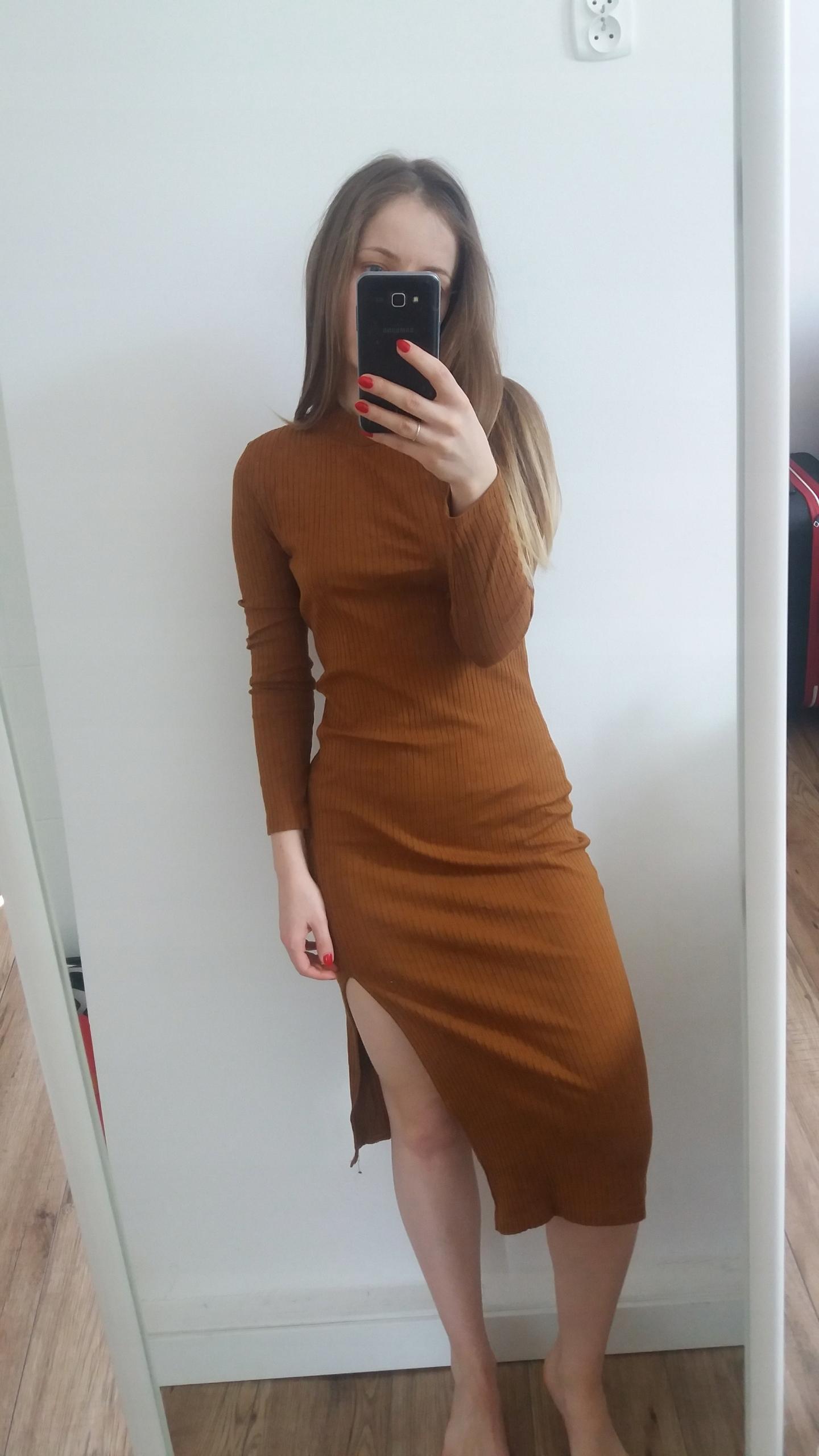 Bandażowa, obcisła sukienka