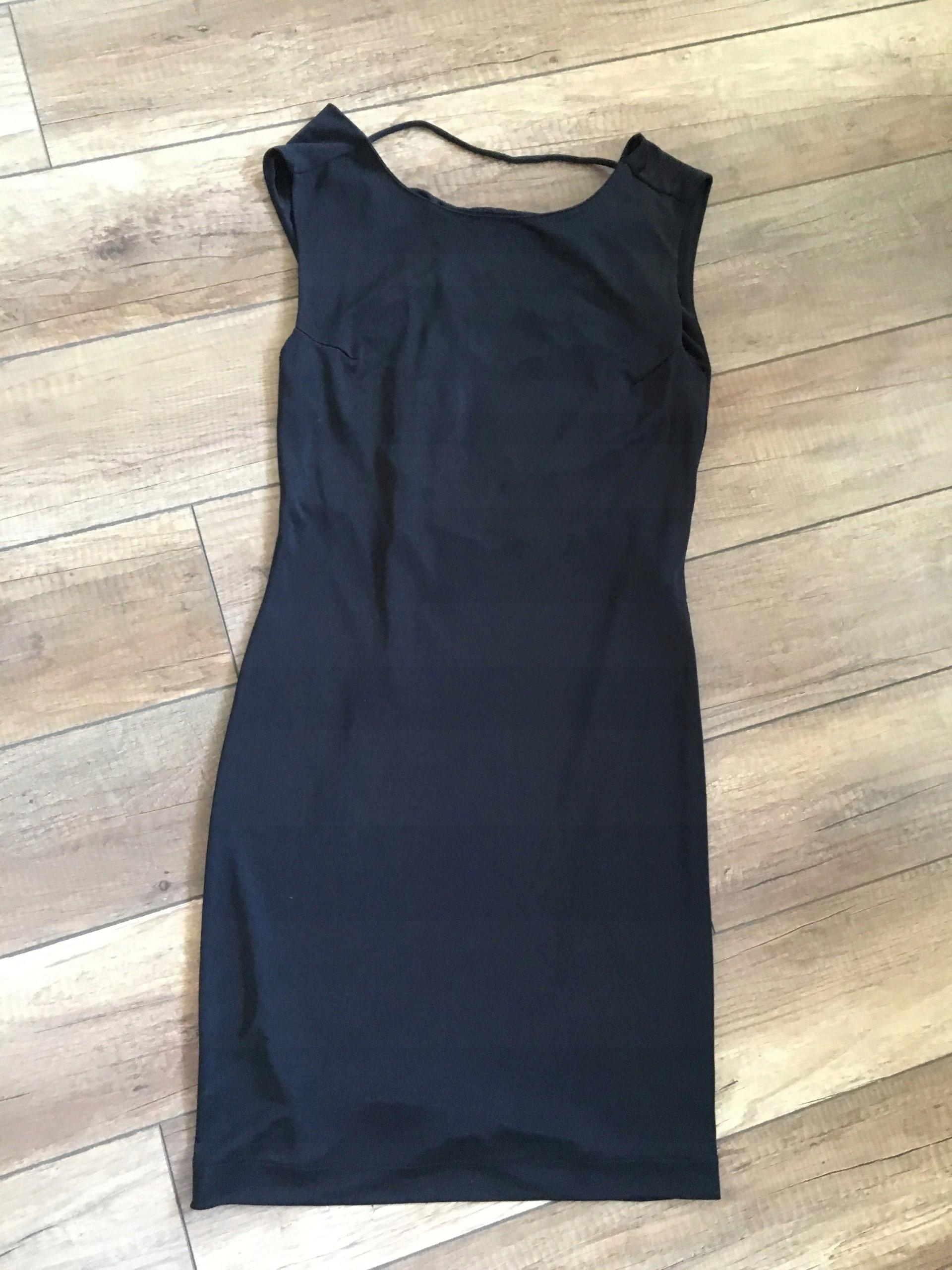 490d3027a7 mała czarna sukienka ZARA bez pleców - 7423521712 - oficjalne ...