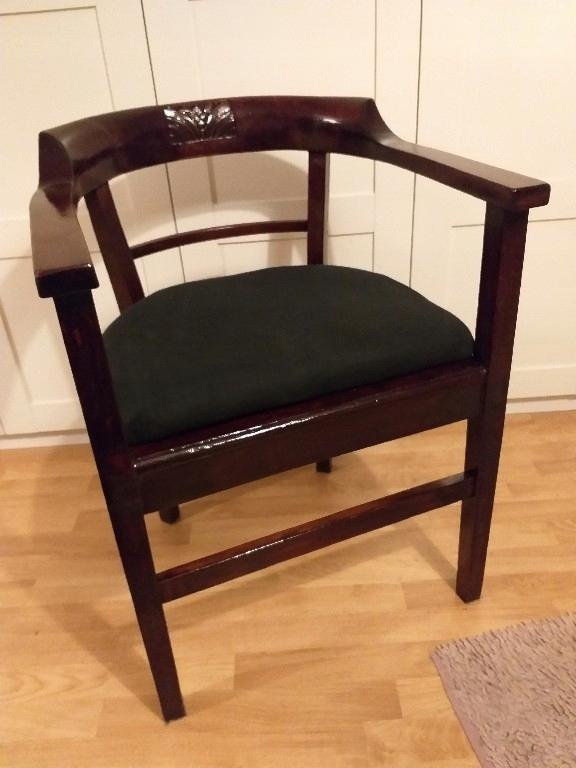 Fotel dębowy lata 30-te.