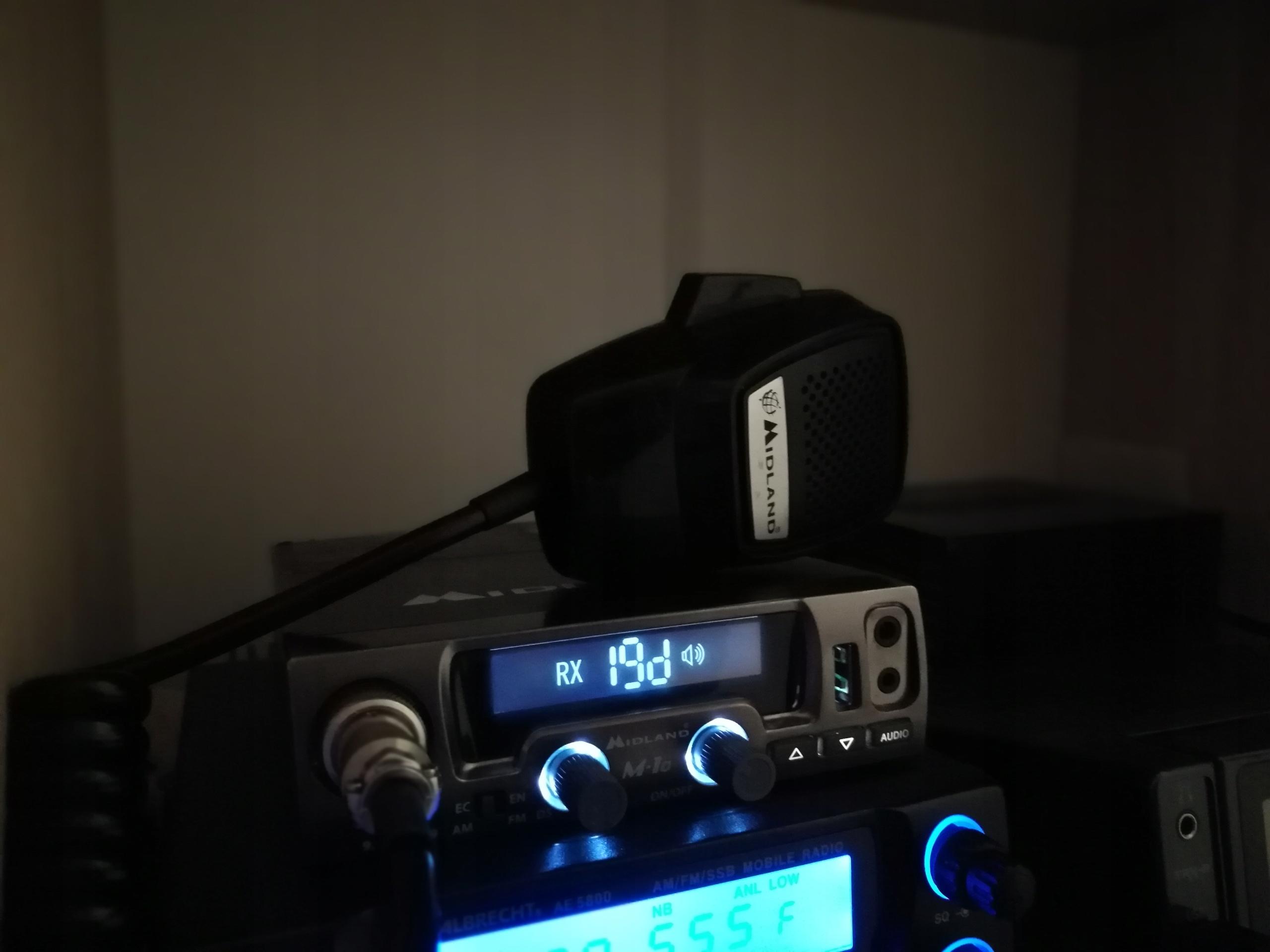 CB MIdland M10 - AM/FM, 400kanałów, 4 lub 10wat