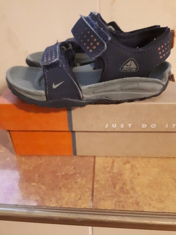 Sandały Nike 23,5 13cm 7C