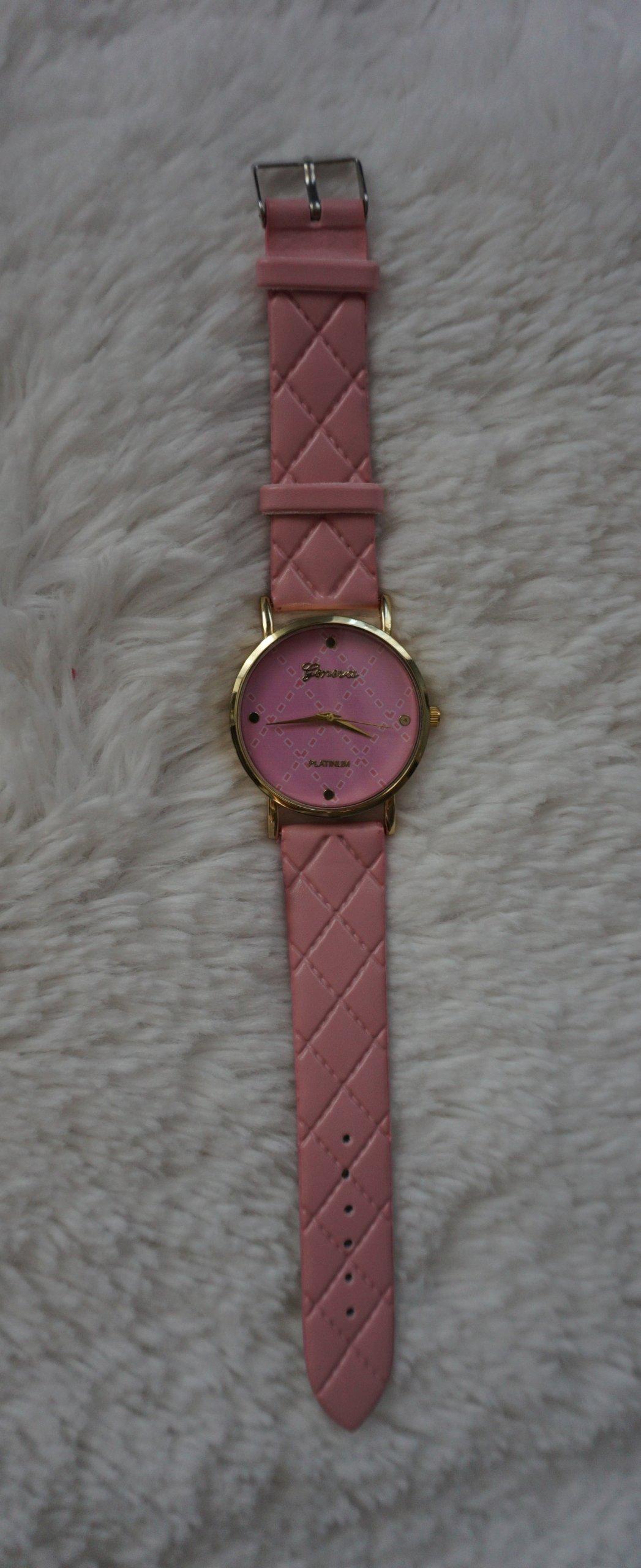 Zegarek nowy różowy