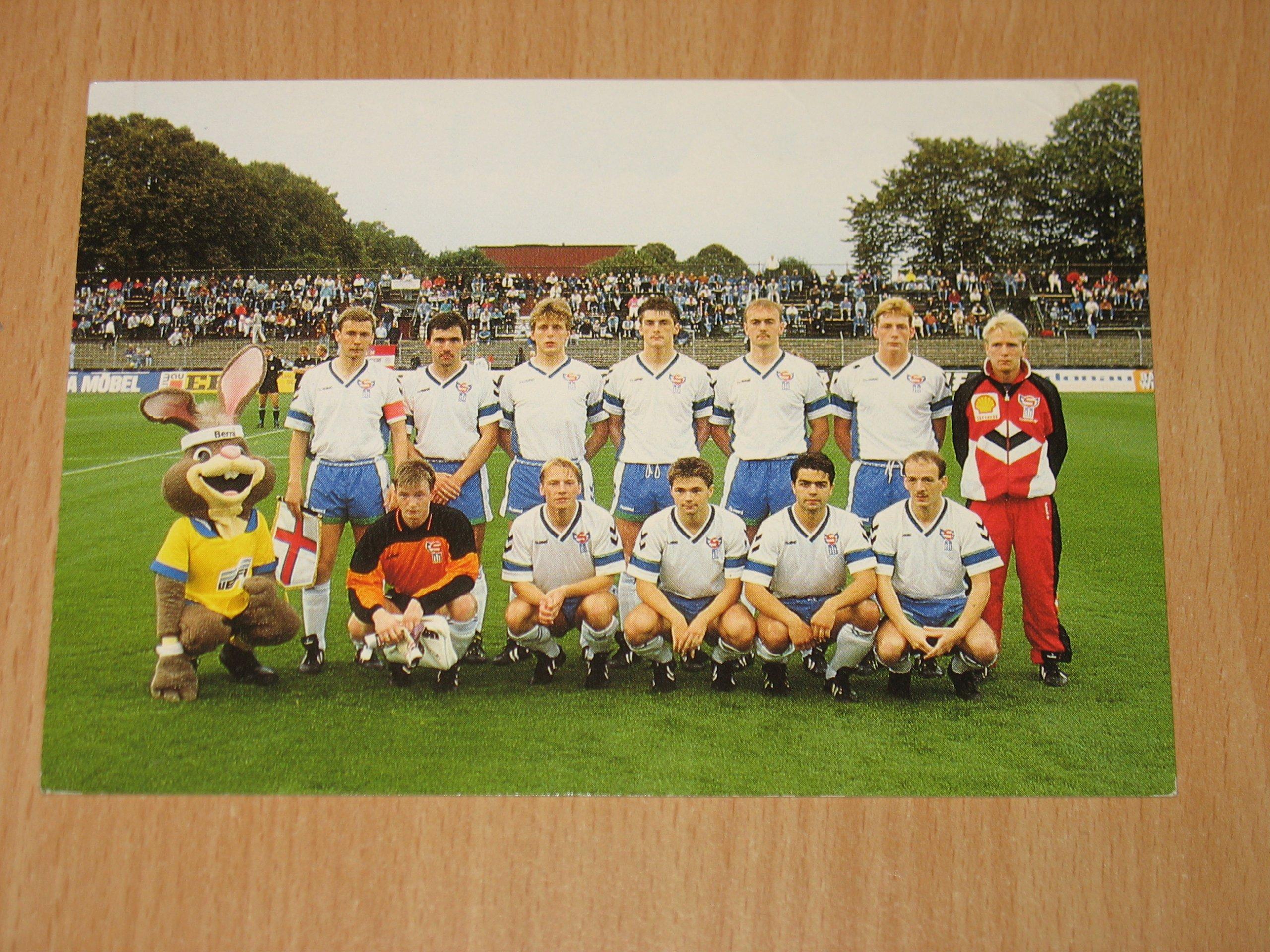 Piłka nożna - fotos zespołu Wyspy Owcze 1990 rok