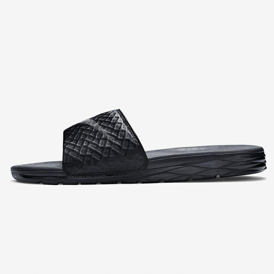 Klapki Nike Benassi Solarsoft Slide 705474 091 44