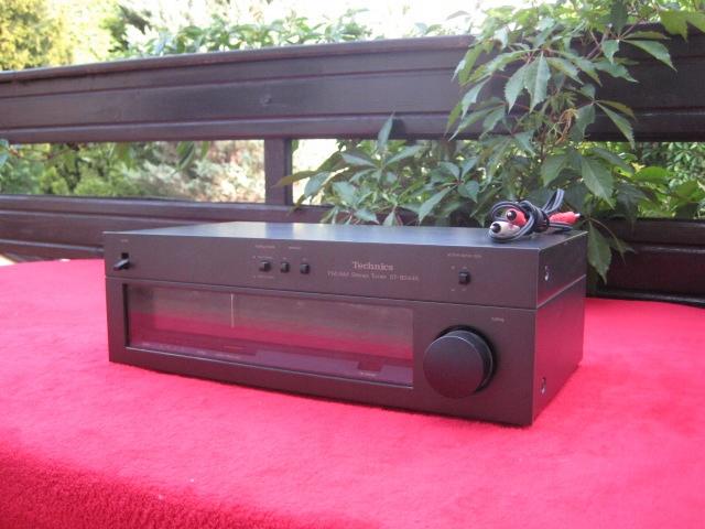 ST-8044K Technics FM / AM Stereo Tuner Radio