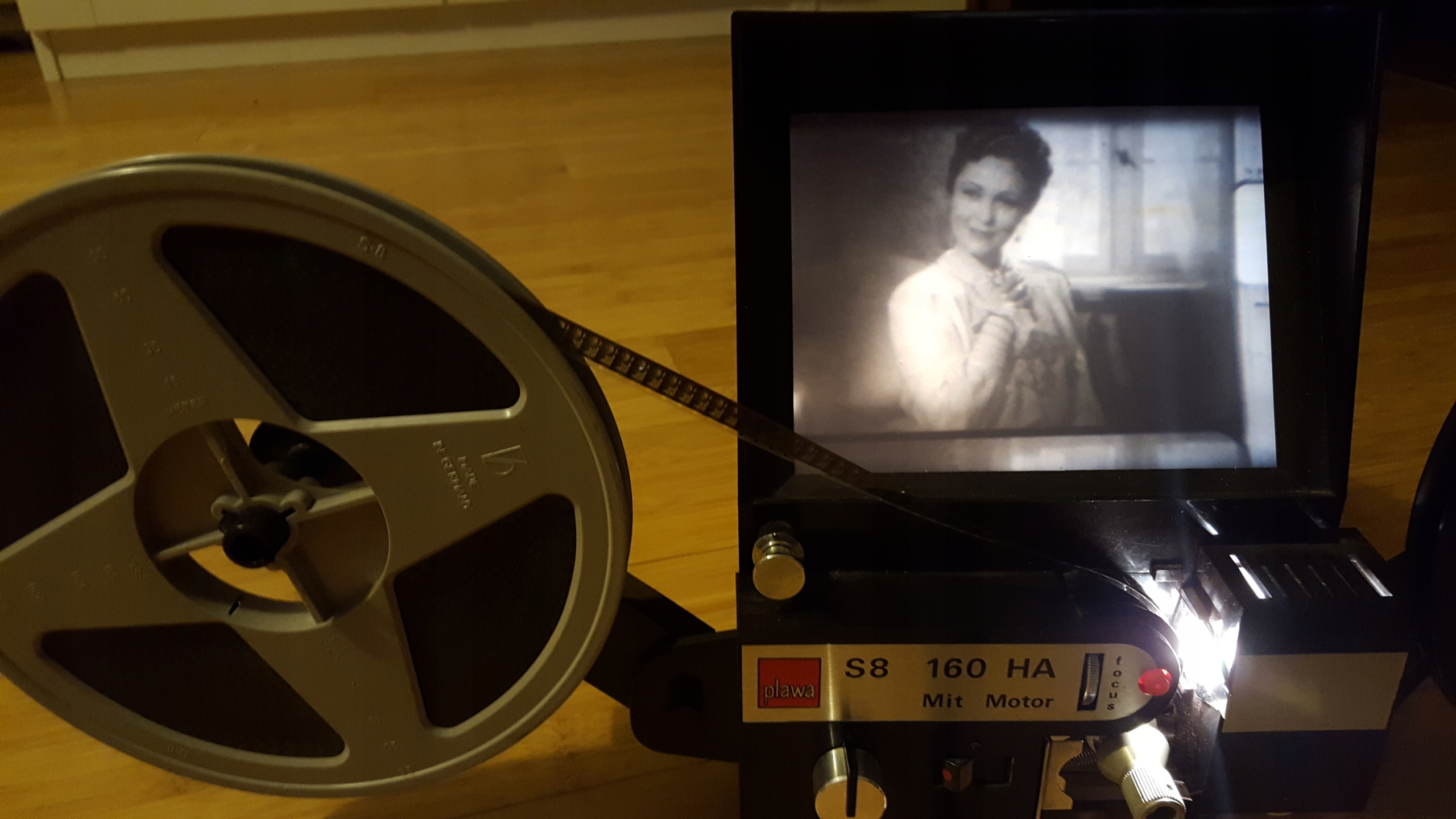 Film, stary film na projektor 8m nie znam tytułu