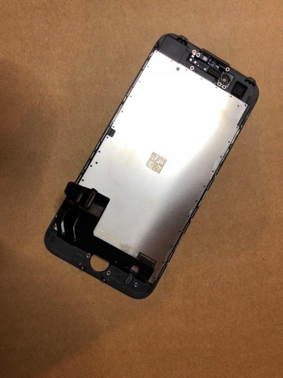 IPhone 7 black ekran LCD ORG demontaż