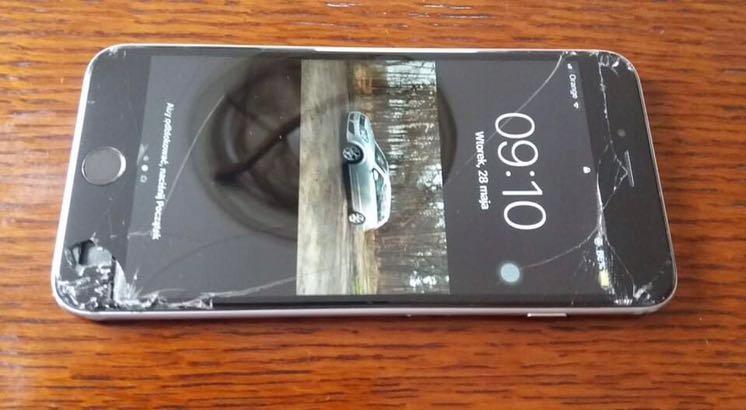 Wyświetlacz iPhone 6s Plus zbity,sprawny
