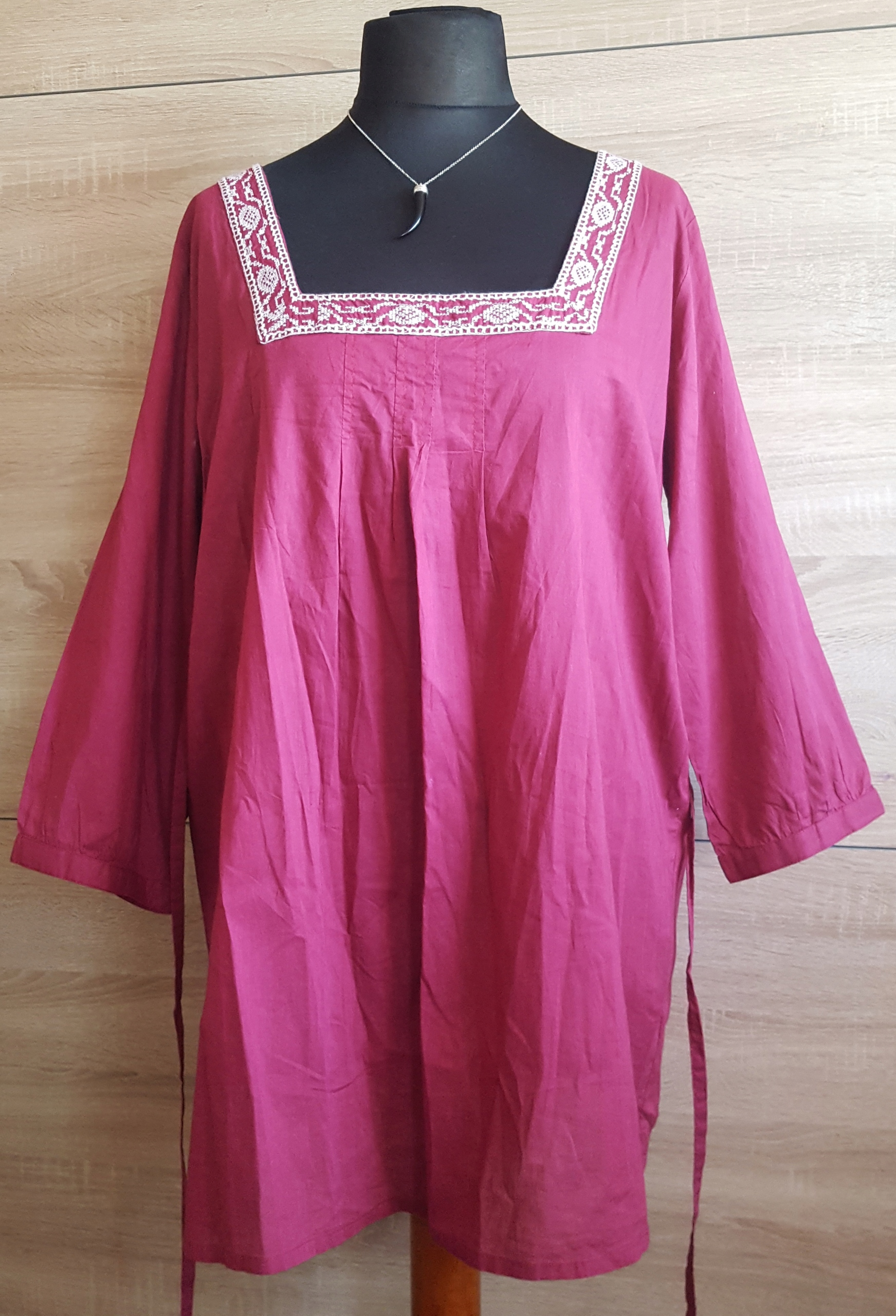 Bluzka damska GLAMOROSA duży rozmiar 50.
