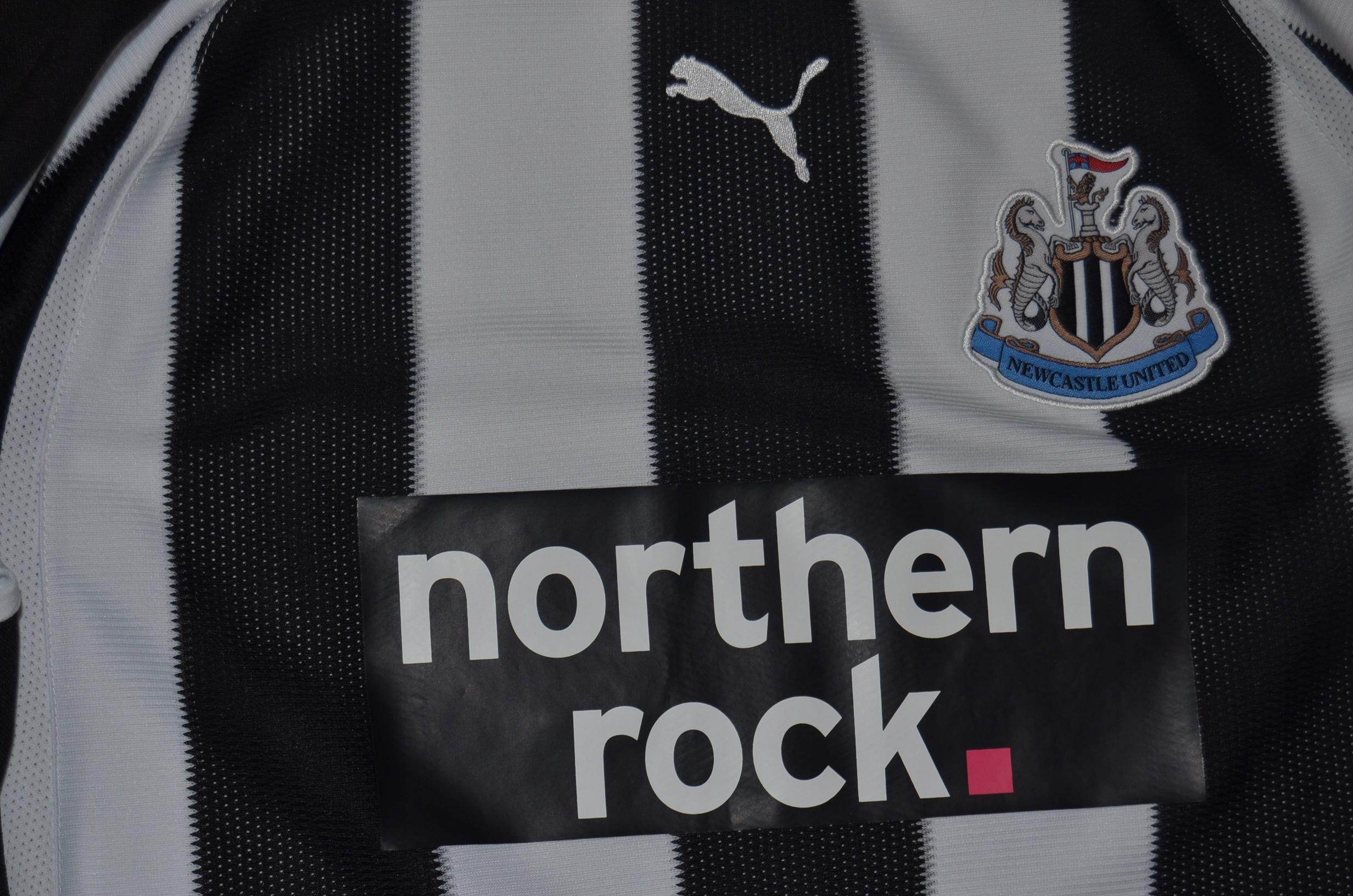 PUMA klubowa Newcastle United roz S biały czarny