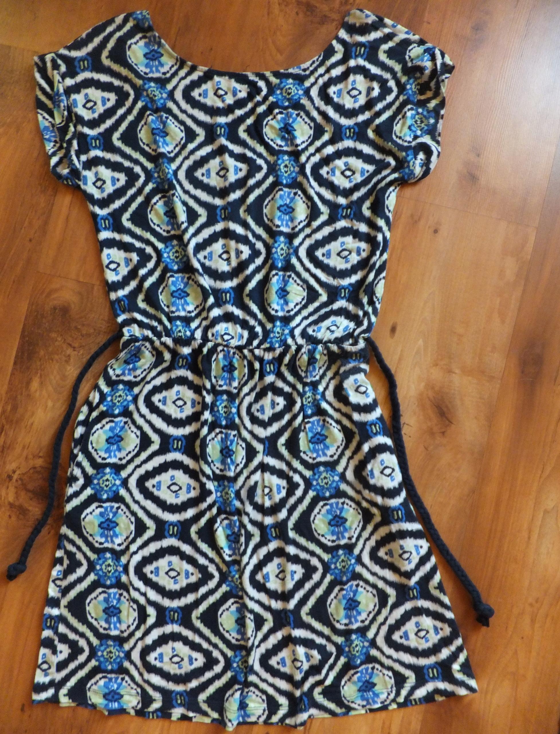 sukienka Reserved seksowna wyprzedaż