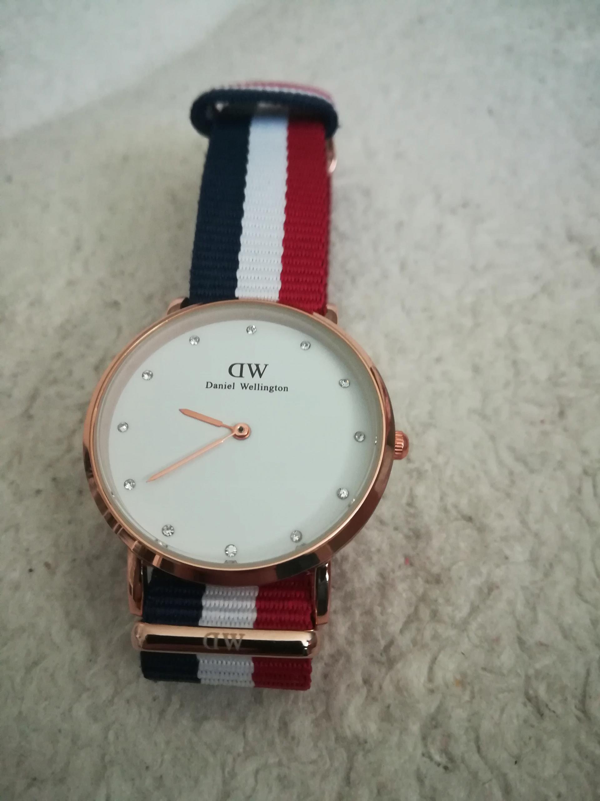 zegarek DW damski nowy 36