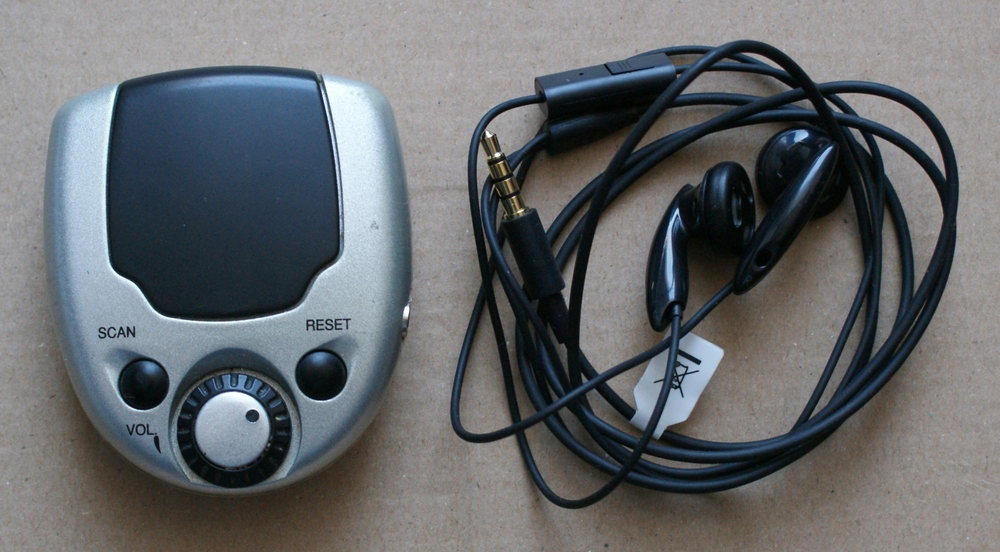 Mini radio kieszonkowe przenośne + słuchawki