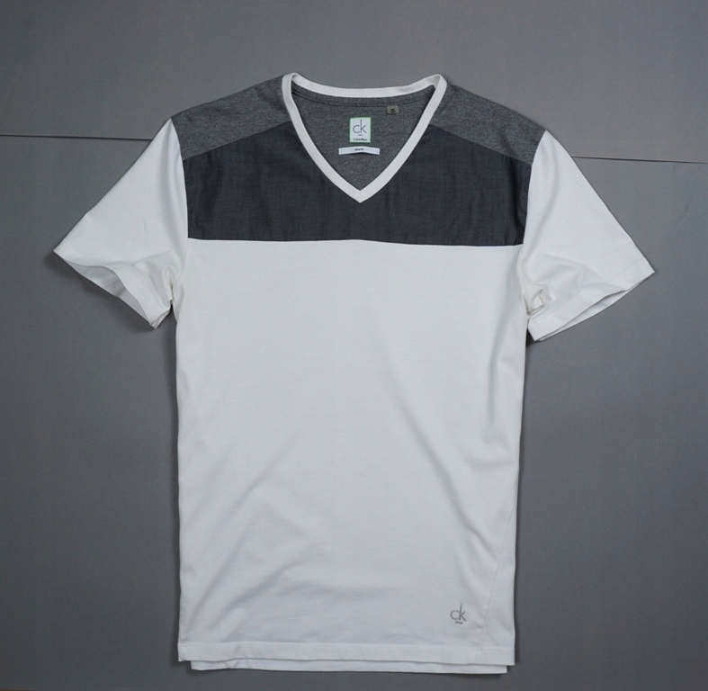 CALVIN KLEIN ONE T-SHIRT V-NECK SLIM FIT PRESTIŻ M