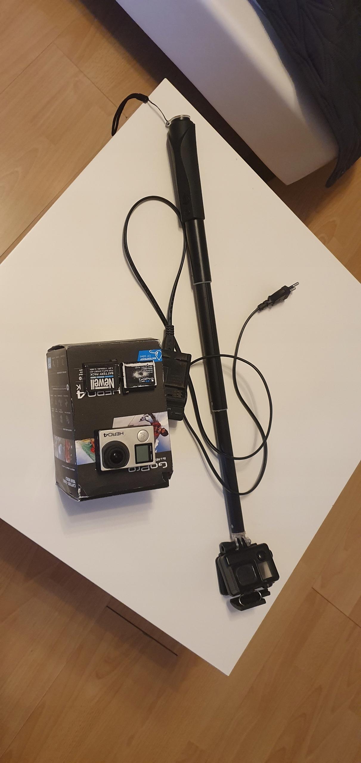 GoPro Hero 4 Black 16 GB dwie baterie i inne bdb