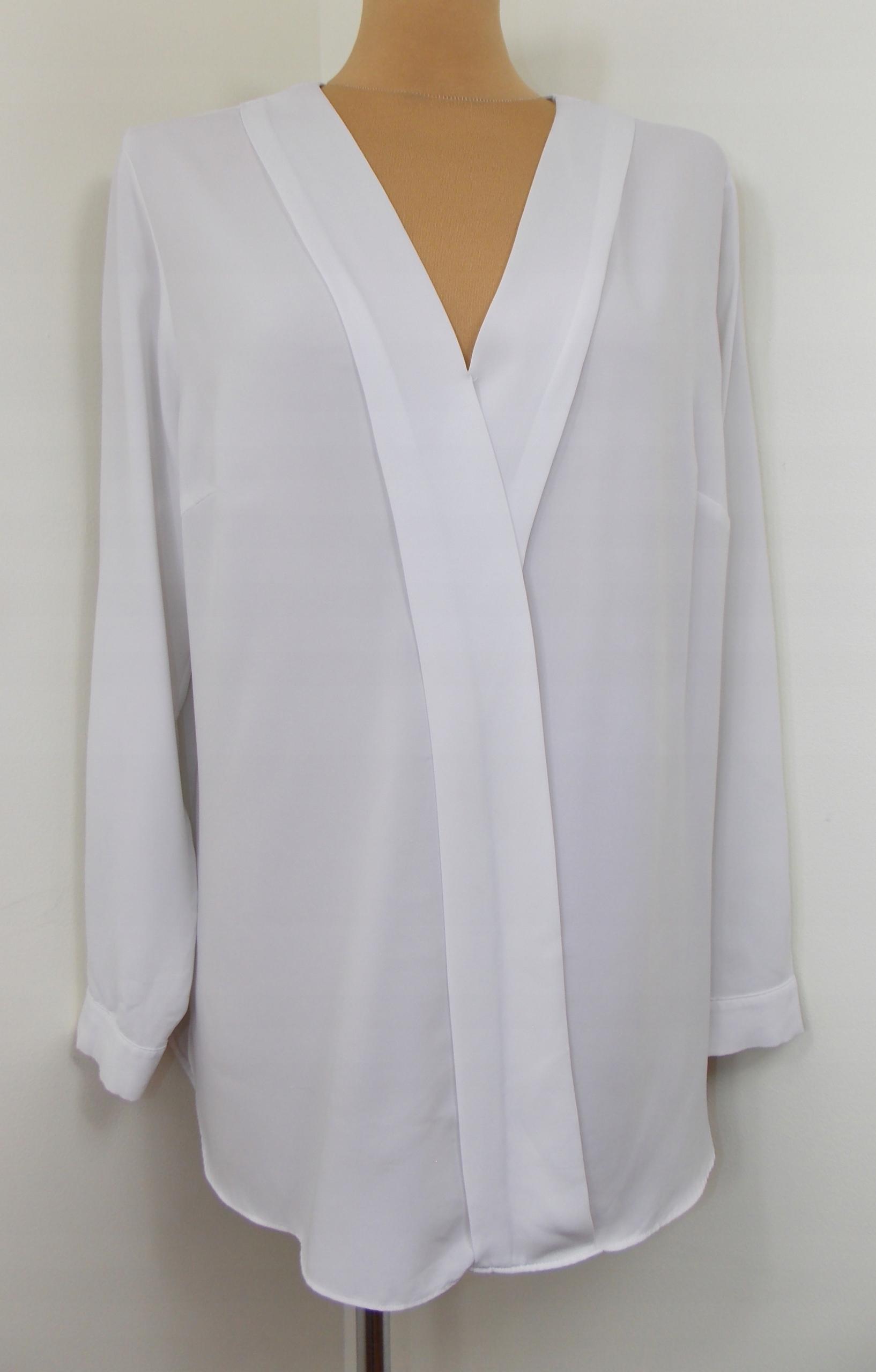 bluzka SOON klasyczna biała elegancka biuro 44 46