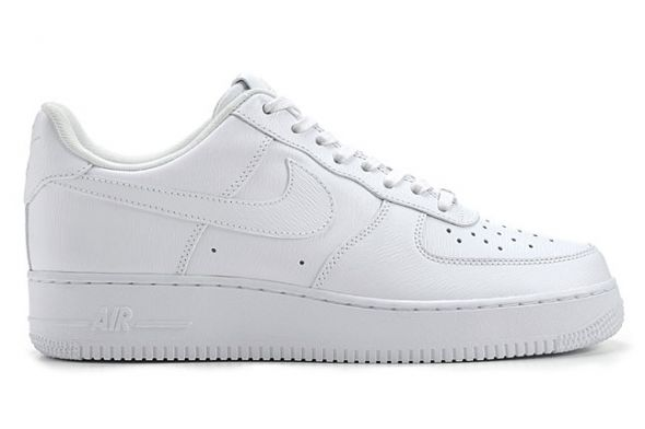 Nike Air Force 1 07' LV8 AJ7747 100 R 40,5