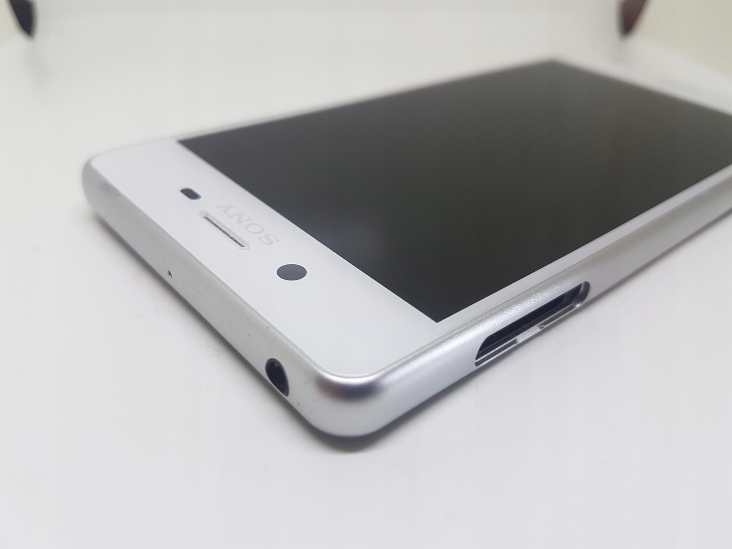 LCD WYŚWIETLACZ SONY XPERIA X PERFOMANCE F8131 ORG