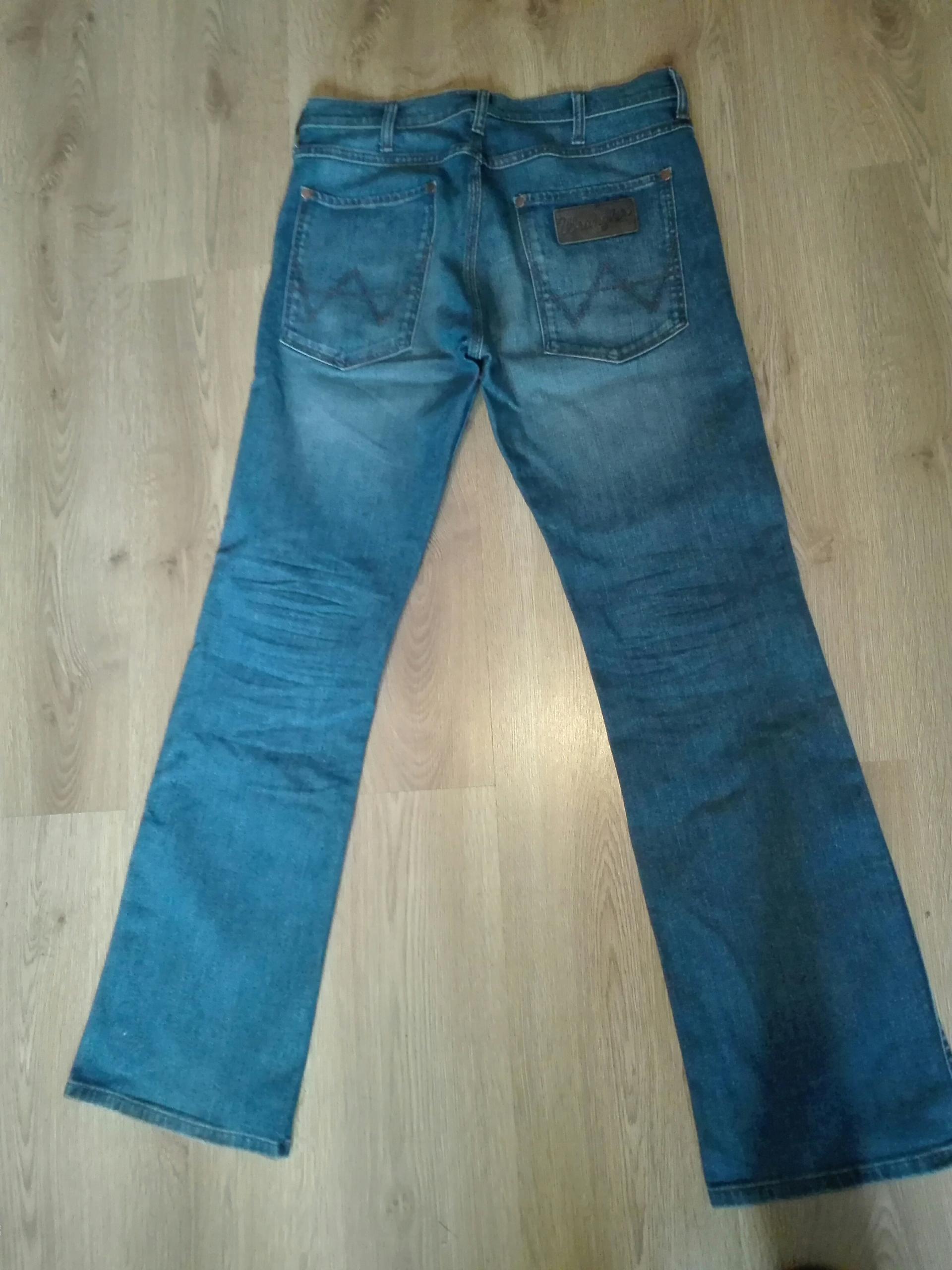 Spodnie Wrangler pas 88 cm