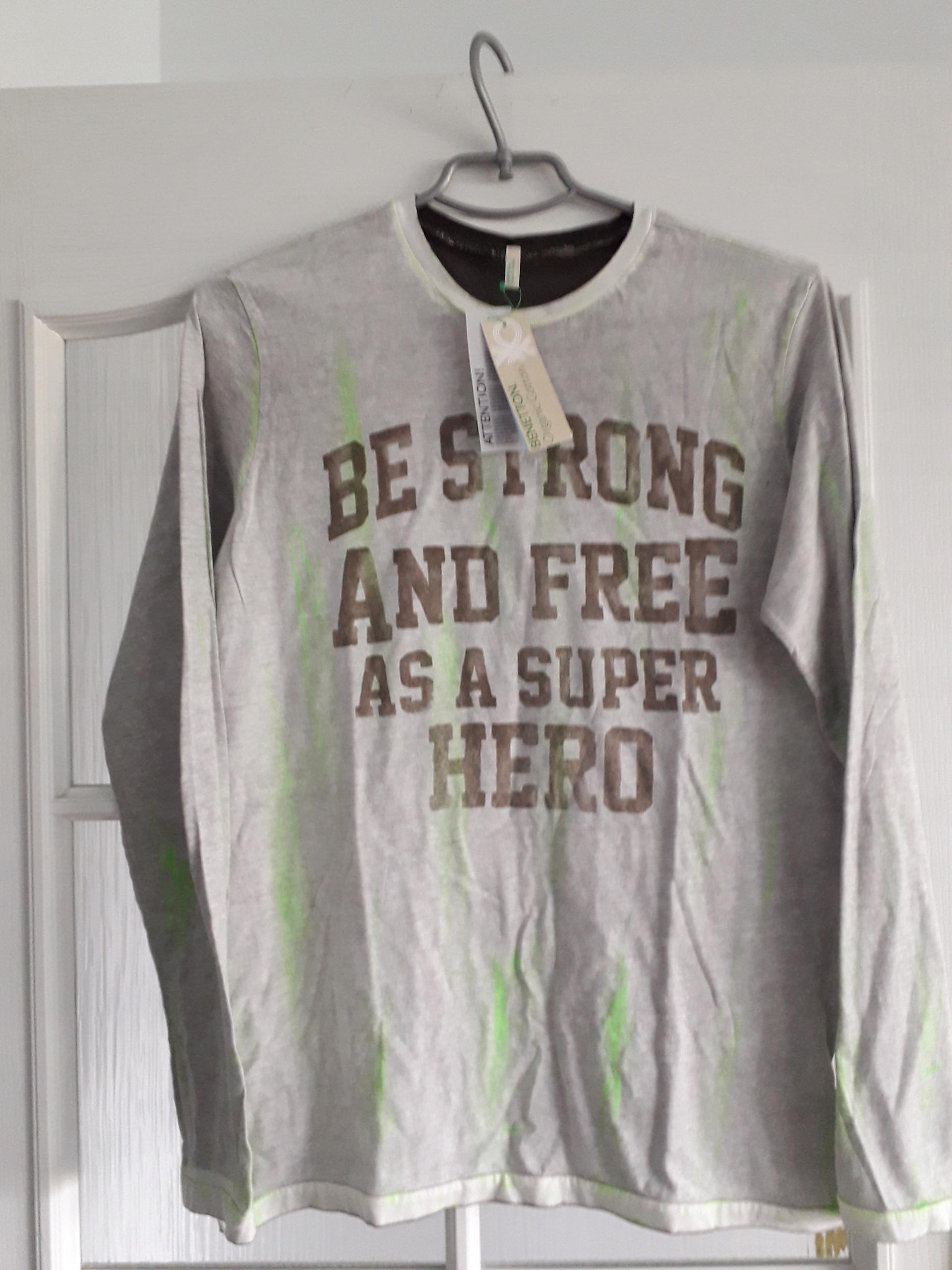 nowy t-shirt BENETTON 13/14 lat
