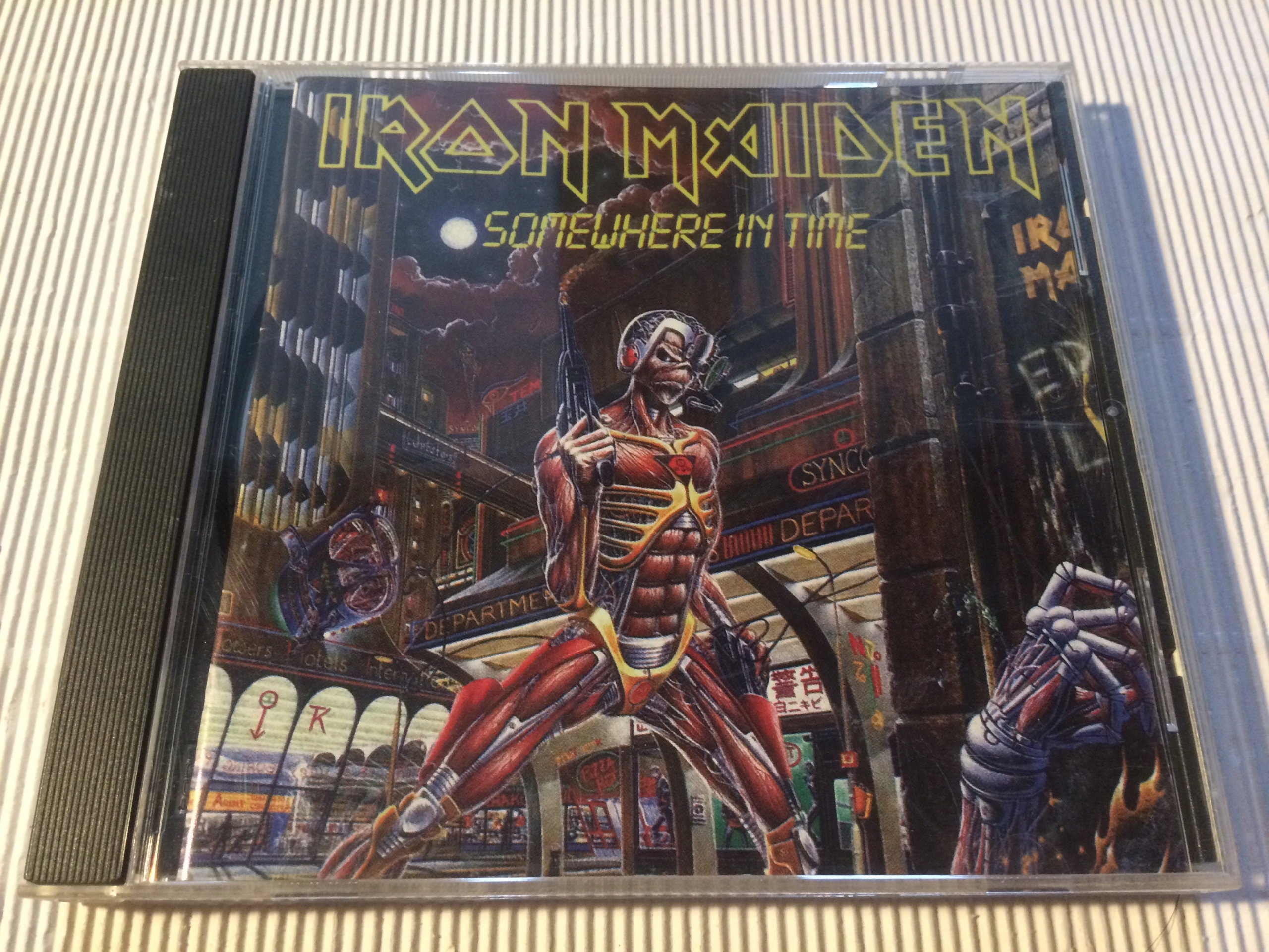 . IRON MAIDEN SOMEWHERE IN TIME THE BEST 1980-1989